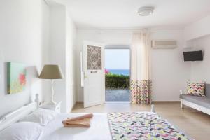 Douka Sea Front Residencies