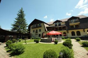 Hotel Ruia, Hotely  Poiana Brasov - big - 29