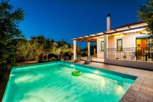 Villa Vallia - Villa Marina, Ville  Kato Galatas - big - 4