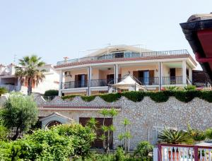 La Suite del Faro, Bed and breakfasts  Scalea - big - 50