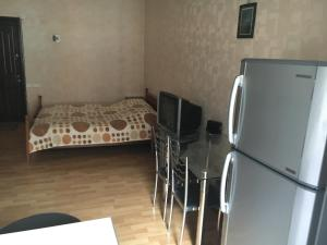 Apartment Kostava 10, Apartments  Batumi - big - 6
