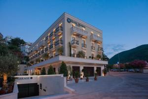4 hviezdičkový hotel Hotel Moskva Budva Čierna Hora