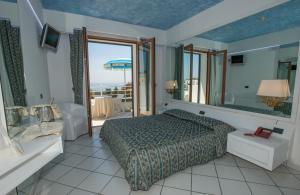 Hotel Ristorante Panoramico, Hotels  Castro di Lecce - big - 32