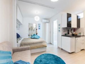Condotti Apartment - abcRoma.com