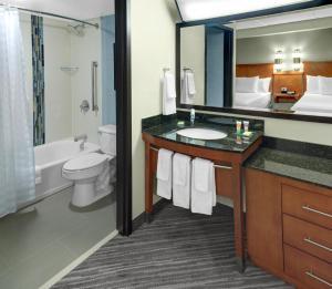 King Room - Disability Access Bathtub