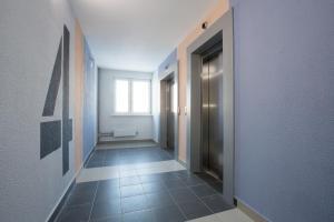 Apartments Etazhi na Kosmonavtov, Appartamenti  Ekaterinburg - big - 23