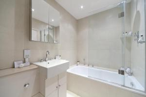 onefinestay - South Kensington private homes II, Apartmány  Londýn - big - 178