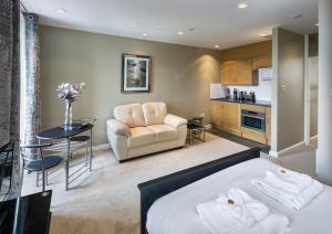 Studio Apartment - North Bank Street