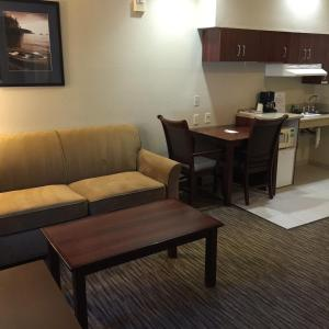 Queen Room with Sofa Bed - Disability Access/Non-Smoking