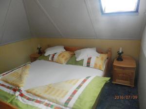Ilona Kis Kastély Panzió, Guest houses  Keszthely - big - 13