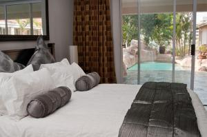 Deluxe Room with Shower