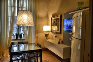 Roncioni Palace - Soggiorno Adriana - AbcAlberghi.com