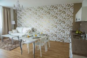 Villa Grande - Apartmány, Apartmány  Olomouc - big - 24