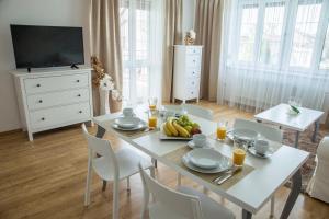 Villa Grande - Apartmány, Apartmány  Olomouc - big - 43