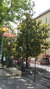 Villa Anna, Affittacamere  Cesenatico - big - 1