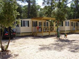 Mobile Homes Camping Biograd, Villaggi turistici  Biograd na Moru - big - 5