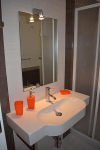Affittacamere Paola, Apartmanok  Monreale - big - 34