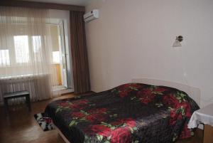 Cozy Apartment Shchorsa 56A
