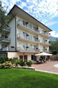 Hotel Garnì Orchidea, Отели  Мальчезине - big - 30