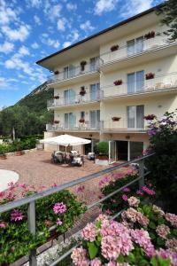 Hotel Garnì Orchidea, Отели  Мальчезине - big - 67