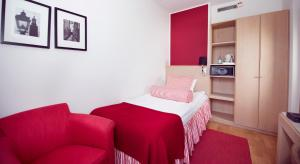 Superior Single Room with Evening Meal