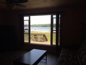 Cloverleaf Cottages, Case vacanze  Oxtongue Lake - big - 46