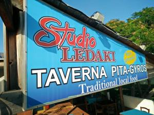 Ledakis Studios