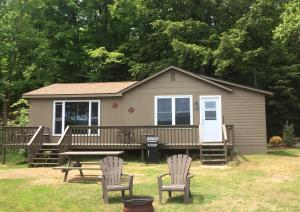 Cloverleaf Cottages, Case vacanze  Oxtongue Lake - big - 43