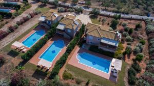 Navarone Villas, Vily  Petrokhorion - big - 1