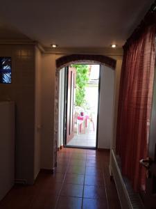 Fantasy Residence, Apartmanok  Brassó - big - 34