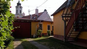 Zách Klára utcai Apartman, Penziony  Visegrád - big - 25