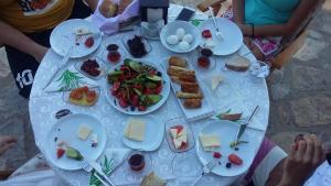 Geyikli Herrara, Bed and breakfasts  Geyikli - big - 36