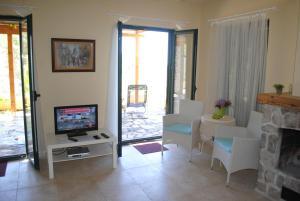 Holiday Home Iris, Prázdninové domy  Lustica - big - 17