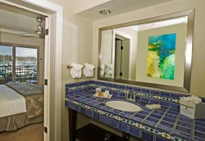Two-Bedroom Suite with Marina View