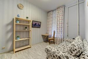 SutkiPeterburg B. Konyushennaya, Apartmanok  Szentpétervár - big - 6