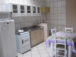 Condomínio Fran, Apartmanhotelek  Esteio - big - 2