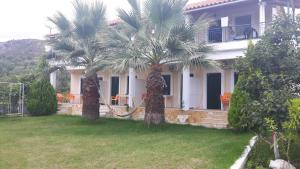 Green House, Penziony  Himare - big - 24