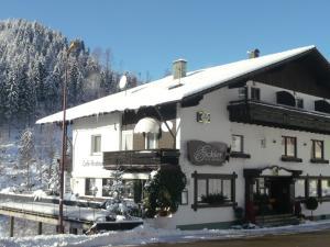 Landhaus Eickler, Hotely  Baiersbronn - big - 7