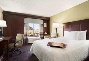 Hampton Inn Los Angeles/Carson, Отели  Carson - big - 10