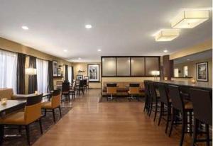 Hampton Inn Los Angeles/Carson, Отели  Carson - big - 22