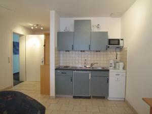 Haus Strandperle, Апартаменты  Цинновиц (Остзебад) - big - 16