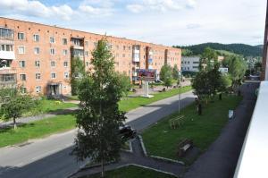 Apartament na 8-e Marta 4, Appartamenti  Tashtagol - big - 5