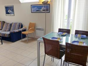Apartment Les Marines 1 et 2.7, Appartamenti  Dives-sur-Mer - big - 4