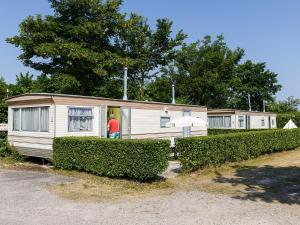 Holiday Home Zeearend.5, Holiday homes  Ouddorp - big - 3
