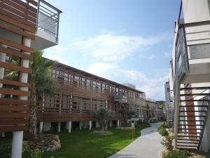 Apartment Le Golf Clair.5, Ferienwohnungen  Saint-Cyprien - big - 9