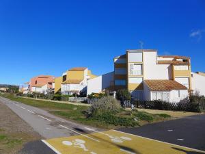 Apartment Les Balcons de la Méditerranée.17, Ferienwohnungen  Narbonne-Plage - big - 6