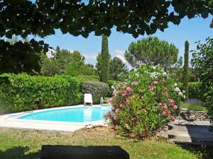 Holiday Home Romanguis, Holiday homes  Cavaillon - big - 3