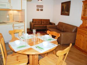 Apartment Mont Fort 16, Apartmány  Siviez - big - 18