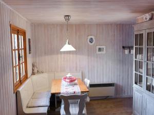 Chalet Verdi, Prázdninové domy  Barvaux - big - 9