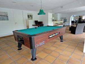 Holiday Home El Paraiso, Dovolenkové domy  Llança - big - 12